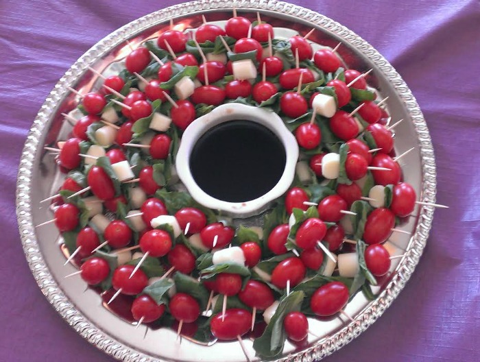 caprese appetizer cropped