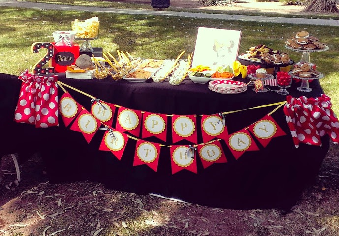 gluten free table display