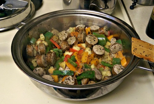 gluten free one pot sausage apple and peppers