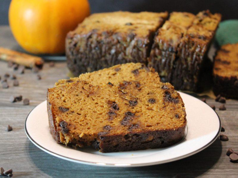 paleo pumpkin chocolate chip bread