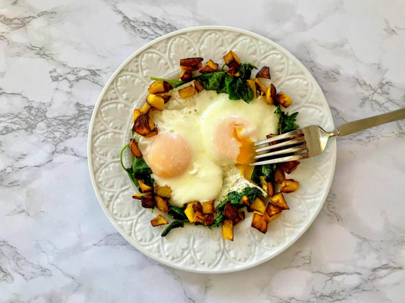 low fructose acorn squash breakfast skillet